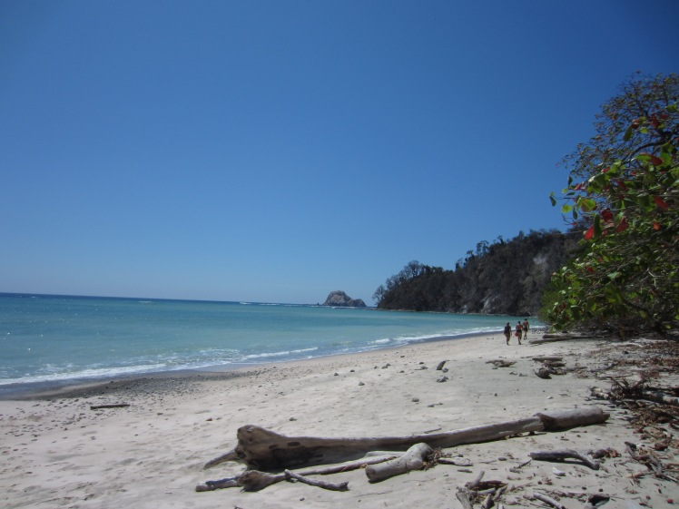 The tiny beach at Cabo Blanco National Park