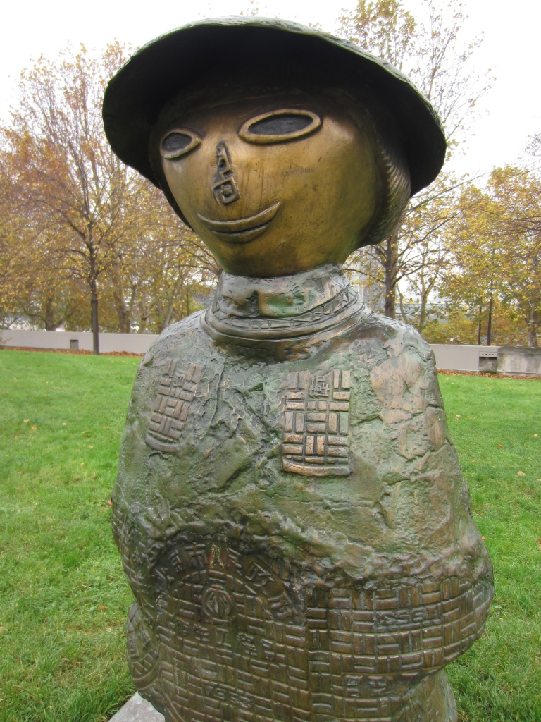 Children of the world sculptures by Rachid Khimoune in Bercy Park Paris