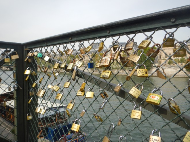 Here's the extent of the love locks when I visited Paris in 2012...