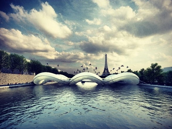 Credit to http://www.buzz-bet.com/amazing-trampoline-bridge-paris/ for the photo